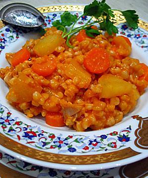 Buğdaylı Sebze Yemeği, Buğdaylı Sebze Yemeği Tarifi, Resimli Oktay Usta Buğdaylı Sebze Yemeği Tarifi Yapılışı