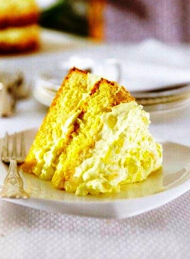 Ananaslı Beze Pastası Tarifi,Ananaslı Beze Pastası Tarifi, Resimli Oktay Usta Ananaslı Beze Pastası Tarifi Yapılışı