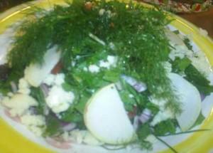 Karışık Ot Salatası, Karışık Ot Salatası Tarifi, Resimli Oktay Usta Karışık Ot Salatası Tarifi Yapılışı