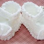 Beyaz İncili Bebek Patik Örnekleri 150x150 Bebek Patik Modelleri