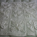 Beyaz Sade Bebek Battaniye Modelleri