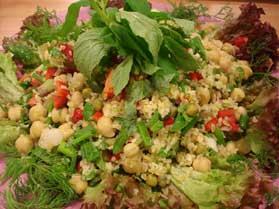 Bulgurlu Nohut Salatası, Bulgurlu Nohut Salatası Tarifi, Resimli Oktay Usta Bulgurlu Nohut Salatası Tarifi Yapılışı