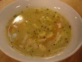Hindili Erişte Çorbası, Hindili Erişte Çorbası Tarifi, Resimli Oktay Usta Hindili Erişte Çorbası Tarifi Yapılışı