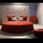 Kırmızı Yuvarlak Yatak Odası Modeli
