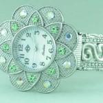 Saat Çicek Şeklinde Saat Modeli