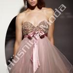 Straptez Kısa Bayan Abiye Modeli