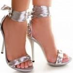 Grı Yazlık Topuklu Ayakkabı Modellerı