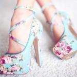 yuksek topuklu cicekli ayakkabi modelleri