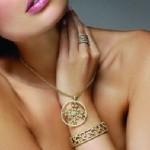 altin tasli modern kolye modelleri
