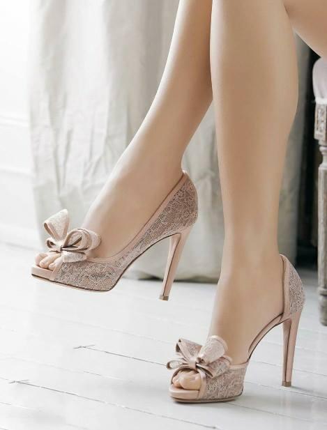 Bayan Fiyonklu Ayakkabı Modelleri