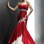 Kırmızı beyaz işlemeli abiye elbise modeli
