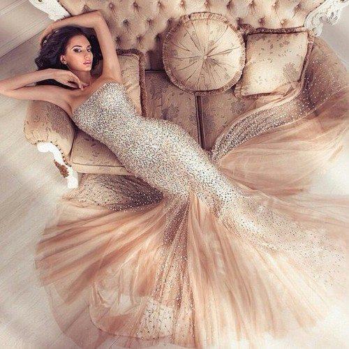 Straplez Abiye Elbise Modeli