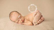 Yeni Doğan Bebekler İçin Örgü Kostümler