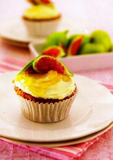 İncirli Ballı Mini Kek