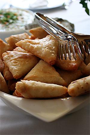 Tavuklu Muska Böreği