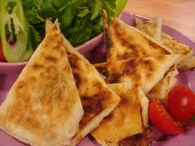 Peynirli Paçanga Böreği
