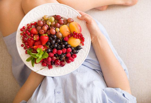 Gebelikte meyve tüketimine dikkat