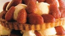 Dondurmalı Ve Çilekli Shortcake