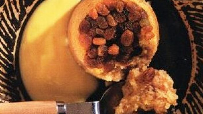 Kuru Üzümlü Ve İrmikli Kek