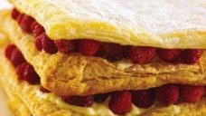 Sabayonlu Milföy Pastası