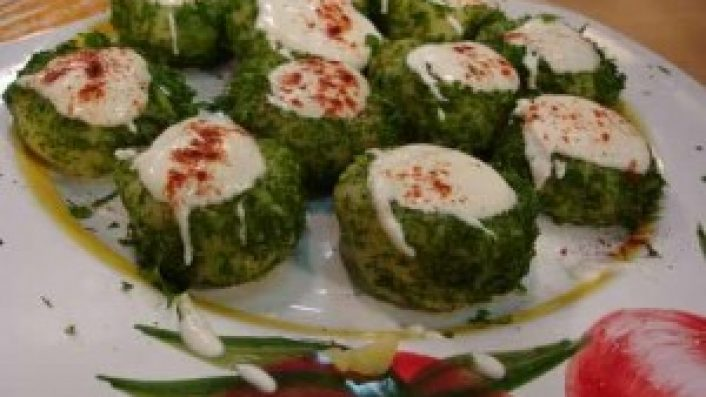 Yoğurtlu Patates Yuvası Salata